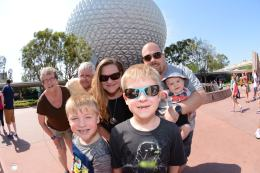 PhotoPass_Visiting_EPCOT_7996821987